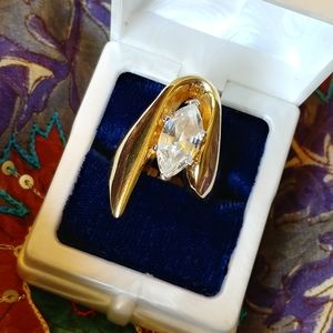 Jewelry - Marquise diamond large abstract gold size 8 ring